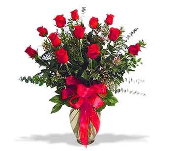 çiçek siparisi 11 adet kirmizi gül cam vazo  Eskişehir online çiçek gönderme sipariş