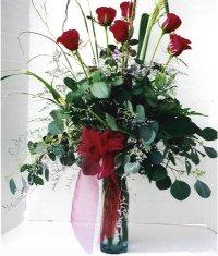Eskişehir çiçek siparişi sitesi  7 adet gül özel bir tanzim