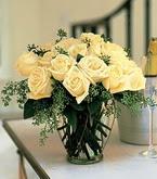 Eskişehir çiçek siparişi sitesi  11 adet sari gül mika yada cam vazo tanzim
