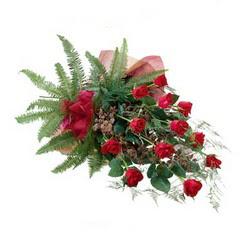 Eskişehir online çiçek gönderme sipariş  10 adet kirmizi gül özel buket çiçek siparisi