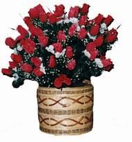 yapay kirmizi güller sepeti   Eskişehir kaliteli taze ve ucuz çiçekler