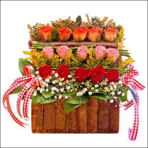 sandikta 3 kat güllerden   Eskişehir cicekciler , cicek siparisi