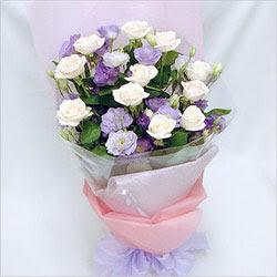 Eskişehir internetten çiçek satışı  BEYAZ GÜLLER VE KIR ÇIÇEKLERIS BUKETI