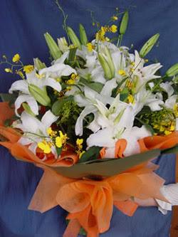 Eskişehir internetten çiçek satışı  5 ADET KAZABLANKA BUKETI KALITEDEN SASMAYANLARA