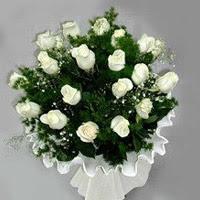 Eskişehir hediye çiçek yolla  11 adet beyaz gül buketi ve bembeyaz amnbalaj