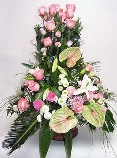 Eskişehir ucuz çiçek gönder  özel üstü süper aranjman