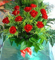12 adet gül buketi  Eskişehir anneler günü çiçek yolla