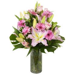 vazo içerisinde karisik mevsim çiçekleri  Eskişehir internetten çiçek siparişi