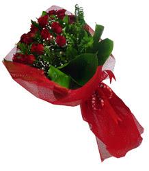 Eskişehir çiçek gönderme sitemiz güvenlidir  10 adet kirmizi gül demeti