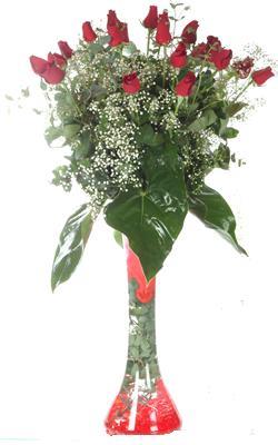 Eskişehir uluslararası çiçek gönderme  19 ADET GÜL VE FIL CAM AYAGI