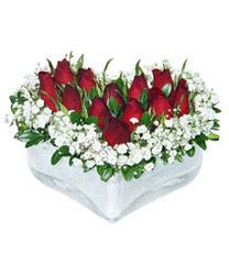 Eskişehir internetten çiçek siparişi  mika kalp içerisinde 9 adet kirmizi gül