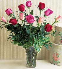 Eskişehir çiçek mağazası , çiçekçi adresleri  12 adet karisik renkte gül cam yada mika vazoda