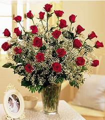 Eskişehir çiçek , çiçekçi , çiçekçilik  özel günler için 12 adet kirmizi gül