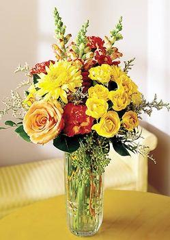 Eskişehir 14 şubat sevgililer günü çiçek  mika yada cam içerisinde karisik mevsim çiçekleri