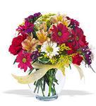 Eskişehir çiçek , çiçekçi , çiçekçilik  cam yada mika vazo içerisinde karisik kir çiçekleri