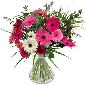 15 adet gerbera ve vazo çiçek tanzimi  Eskişehir online çiçek gönderme sipariş