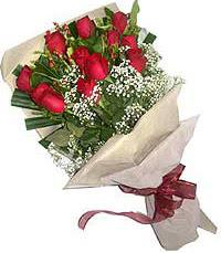 11 adet kirmizi güllerden özel buket  Eskişehir internetten çiçek siparişi