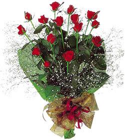 11 adet kirmizi gül buketi özel hediyelik  Eskişehir çiçekçi mağazası