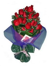 12 adet kirmizi gül buketi  Eskişehir online çiçek gönderme sipariş