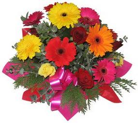 Karisik mevsim çiçeklerinden buket  Eskişehir hediye sevgilime hediye çiçek