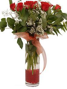 Eskişehir uluslararası çiçek gönderme  11 adet kirmizi gül vazo çiçegi