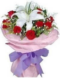9 adet kirmizi gül 1 adet kazablanka buketi  Eskişehir çiçekçi mağazası