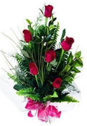 Eskişehir güvenli kaliteli hızlı çiçek  5 adet kirmizi gül buketi hediye ürünü