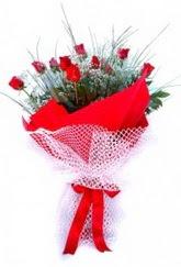Eskişehir İnternetten çiçek siparişi  9 adet kirmizi gül buketi demeti
