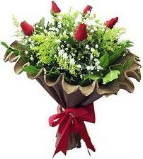 Eskişehir online çiçek gönderme sipariş  5 adet kirmizi gül buketi demeti