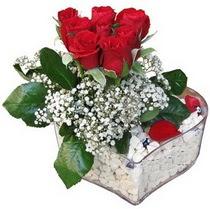 Eskişehir güvenli kaliteli hızlı çiçek  kalp mika içerisinde 7 adet kirmizi gül