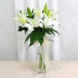 Eskişehir anneler günü çiçek yolla  2 dal kazablanka ile yapılmış vazo çiçeği