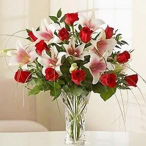 Eskişehir çiçek mağazası , çiçekçi adresleri  12 adet kırmızı gül 1 dal kazablanka çiçeği