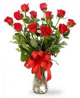 Eskişehir çiçek , çiçekçi , çiçekçilik  12 adet kırmızı güllerden vazo tanzimi