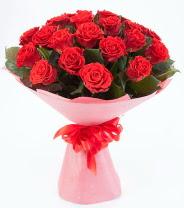 12 adet kırmızı gül buketi  Eskişehir çiçek siparişi sitesi