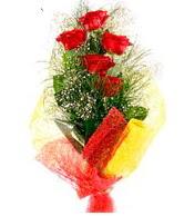 5 li kırmızı gül buketi  Eskişehir internetten çiçek satışı