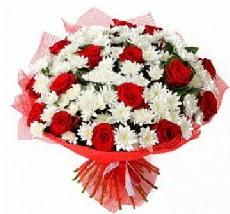 11 adet kırmızı gül ve 1 demet krizantem  Eskişehir çiçek mağazası , çiçekçi adresleri