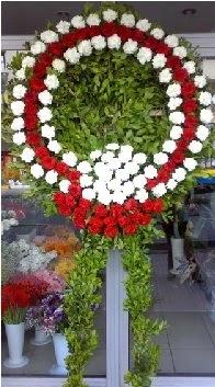 Cenaze çelenk çiçeği modeli  Eskişehir anneler günü çiçek yolla