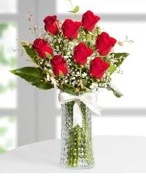 7 Adet vazoda kırmızı gül sevgiliye özel  Eskişehir çiçek siparişi sitesi