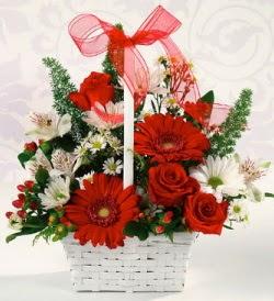 Karışık rengarenk mevsim çiçek sepeti  Eskişehir internetten çiçek siparişi