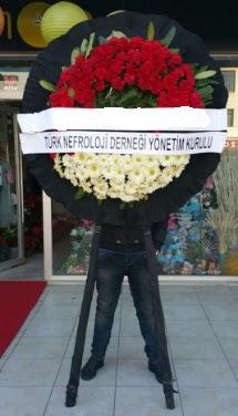 Cenaze çiçek modeli  Eskişehir çiçek siparişi sitesi