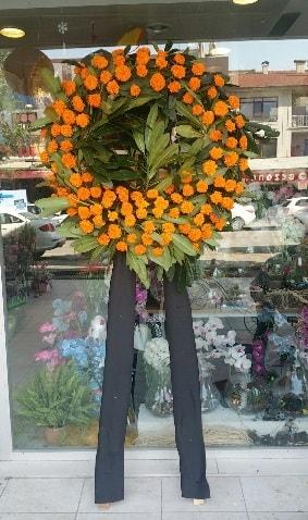 Cenaze çiçeği cenaze çelengi çiçek modeli  Eskişehir çiçek gönderme