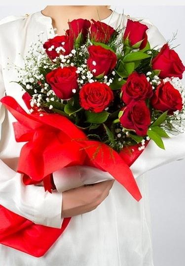 Aşk Gülleri 11 Adet kırmızı gül buketi  Eskişehir çiçekçi telefonları