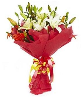 5 dal kazanlanka lilyum buketi  Eskişehir çiçek gönderme sitemiz güvenlidir